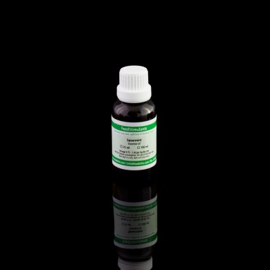 Essential oil Spearmint